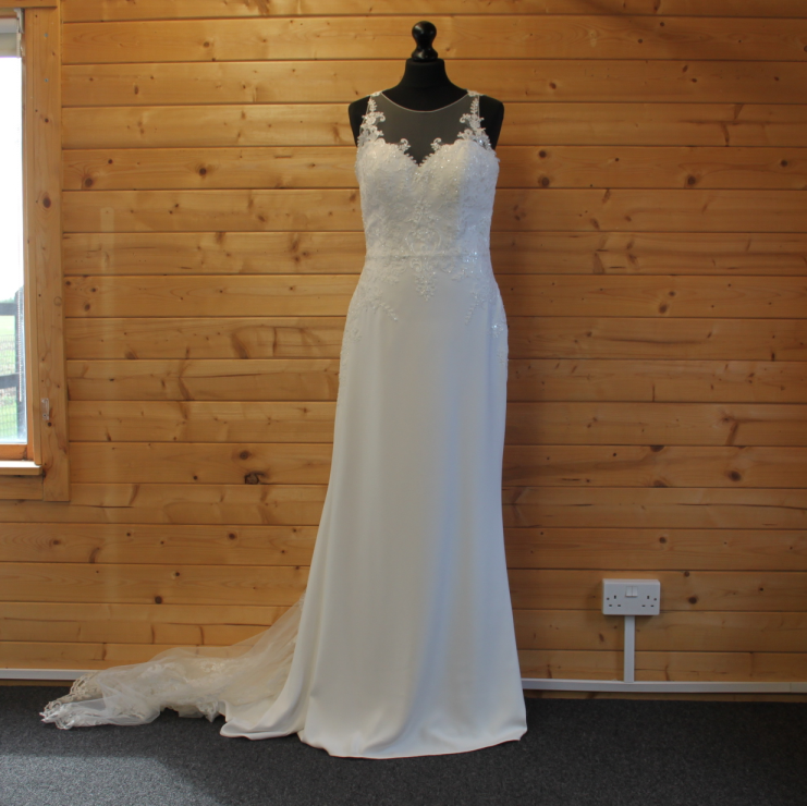 Lucky Sixpence Bridal wedding dress #137